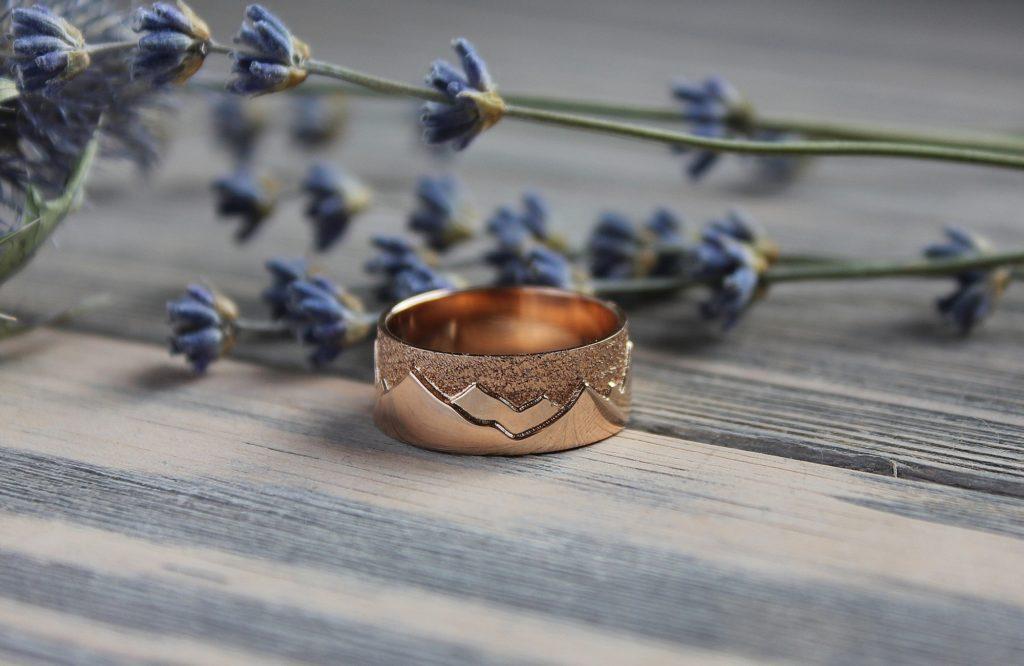 Обручальные кольца с горами