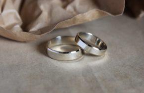 Обручальные кольца со скошенными углами